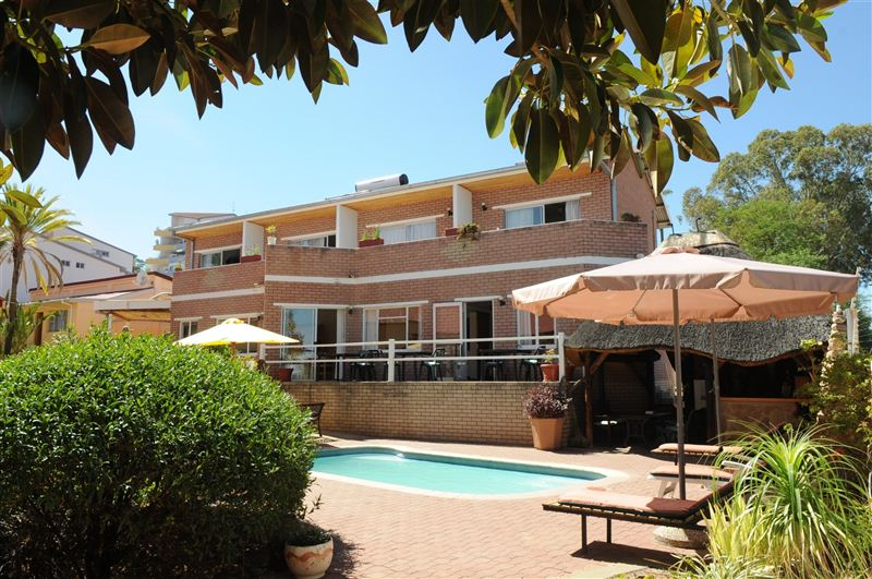 Hotel Uhland Booking