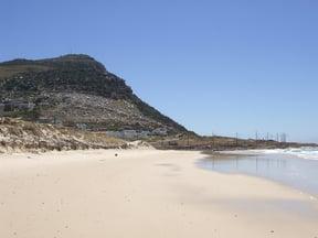 Glencairn Beach