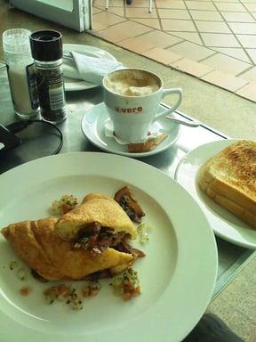 Blu Bay Cafe