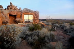 Our Cave Suite, Kagga Kamma