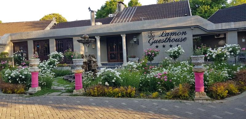 weekend getaway Kroonstad