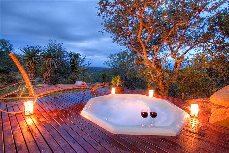 Esikhotheni Lodge, Pongola