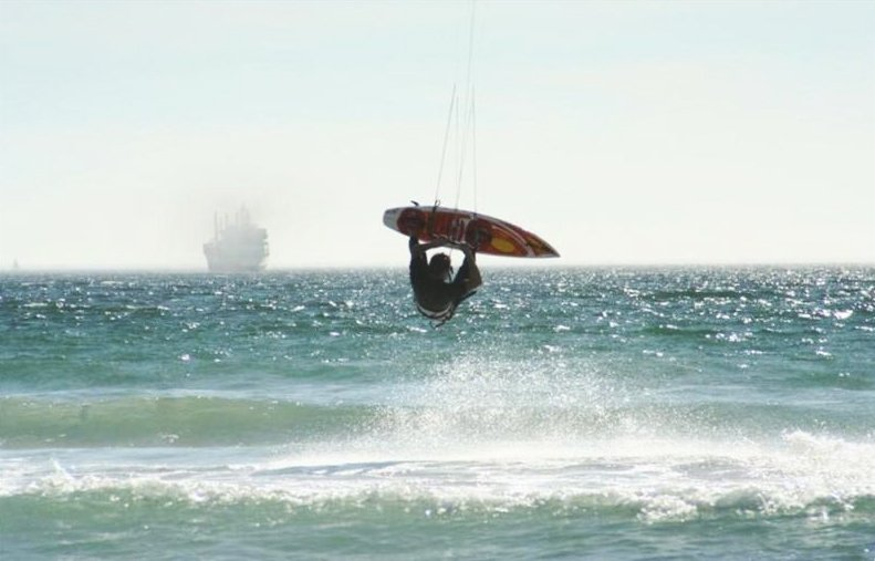 Sunset Beach kite surfing