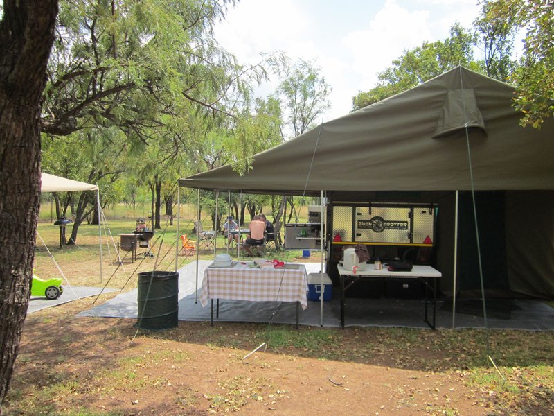 weekend getaway Dinokeng Game Reserve